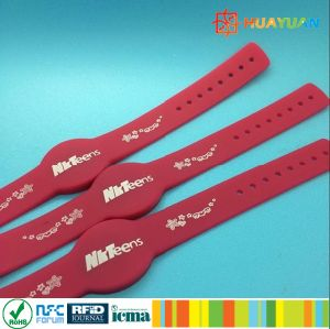 Adjustable Contactless HF Durable RFID Silicone Wristband pictures & photos