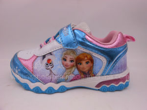 High Quality Sports Shoes with Light for Girl Frozen pictures & photos