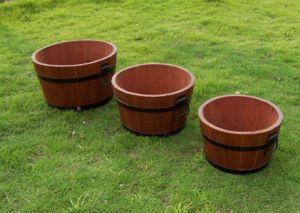 New Handmade Round Brown Wooden Barrel Planter Wooden Garden Feature pictures & photos