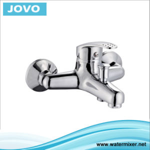 Single Handle Bath-Shower Mixer Popular Tap Jv 71402 pictures & photos