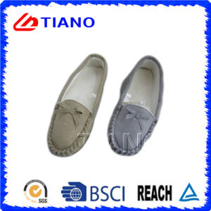 Fashion and Warm Micro Suede PU Shoes for Woman (TNK36016) pictures & photos