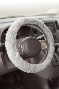 Sheepskin Car Steering Wheel Cover pictures & photos