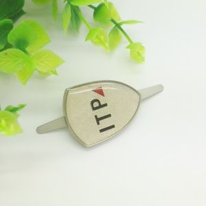 Different Shape Metal Labels for Garment Accessory pictures & photos