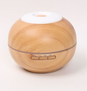 200ml Ultrasonic Mini Wood Grained Essential Oil Diffuser pictures & photos