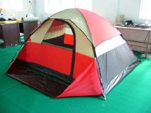 Family Tent Camping Tent for 2-3 Person with Half Cover pictures & photos