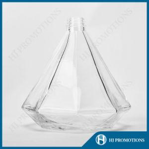 750ml Special Shape Liquor Glass Bottle Glassware (HJ-GYTN-C02) pictures & photos