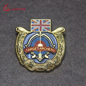 Custom Gold Enamel Lapel Pins for Gifts (LM1046) pictures & photos