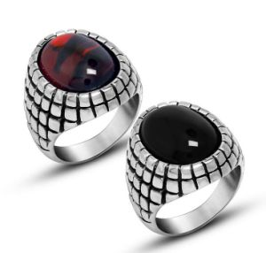 Gemstone Stainless Jewellery Men′s Ring Retro Color pictures & photos