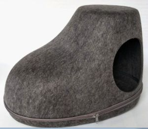 Shoes Shape Felt Material Pet House, Puppy Dog and Cat Bed pictures & photos
