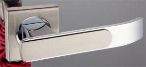 Hot Zinc Alloy Door Lock Handle (Z0-01224 CPB) pictures & photos