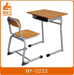 Middle School Student Plastic Desk Chair of Classrooms pictures & photos