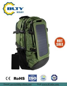 2017 Waterproof Camping Solar Charger Backpack pictures & photos