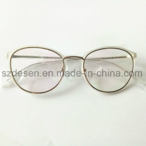 China Wholesale New Model Fashion Speticals Optical Eyeglasses Frame pictures & photos