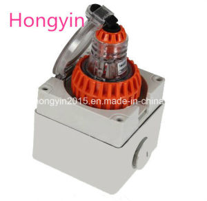 56so315 High Grade Industrial Plug and Socket pictures & photos