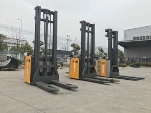 1.5 Ton 3m Height Electric Stacker for Sale pictures & photos