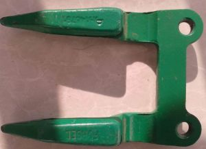 Combine Harvester Double Finger Guard 676235 pictures & photos