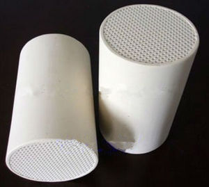 Automobile Cordierite DPF for Honeycomb Ceramic Diesel Exhaust Particulate Filter pictures & photos