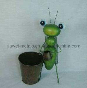Flower Pot with Decorative Locust (JW11193)