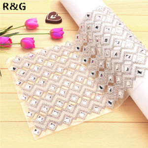 Fashion 24cm*40cm Hot Fix Crystal Rhinestone Mesh Sheet for Wedding Dress Decoration pictures & photos