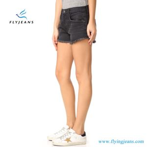 Fashion Ladies/Women Black Skinny Whisker Frayed Cuffs Jeans Mini Pants Denim Shorts by Manufacturer pictures & photos
