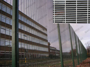 2m H X 2.5m L 358 High Safety Mesh Fence pictures & photos