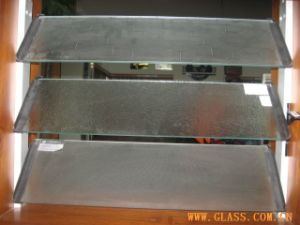 Clear and Colord Louver Glass 5mm-8mm pictures & photos