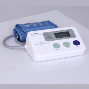 Automatic Arm Type Digital Blood Pressure Monitor Sw-DBP2002A pictures & photos