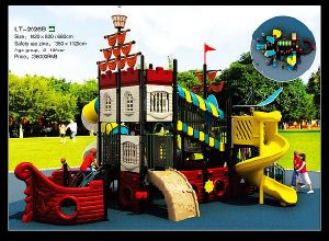 2015 New Pirate Ship Design Children Outdoor Playground for Sale