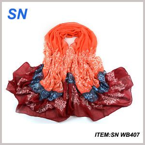 2015 Wholesale Fashionable Voile Window Scarf pictures & photos
