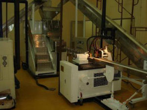 800kg/H Toilet Soap Making Machine Laundry Soap Equipment pictures & photos