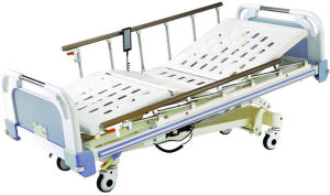 Hospital Furniture 5 Functions Electric Hospital Patient Bed pictures & photos