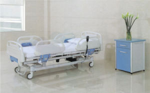 AG-By101 3 Function Motor Electric Medical Hospital Bed pictures & photos