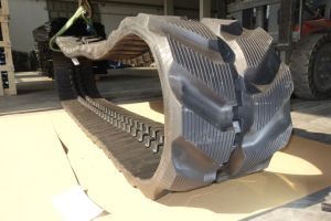 350X73X76 for Yanmar Vio45-6 Excavator Tracks Rubber Tracks pictures & photos