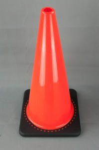 Australia Style 28 Inch Soft PVC Cone with Black Base (S-1238) pictures & photos
