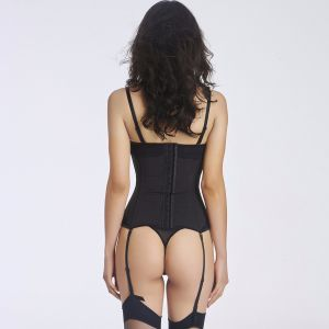 Women′s Fashion Sexy Lace Corset Lingerie Sets with Garter Belt pictures & photos