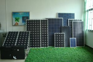 85W Monocrystalline Silicon Sunpower Solar Panel Suit for Solar Street Light pictures & photos