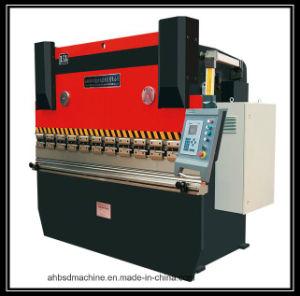 Good Quality CNC Controller CNC Router Machine/Cutter Machine CNC Machining pictures & photos