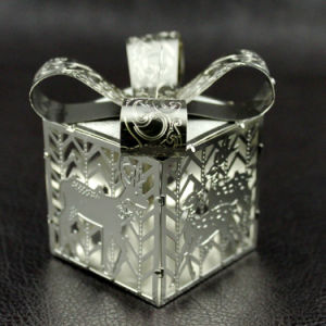 3D Metal Christmas Tree Ornament pictures & photos
