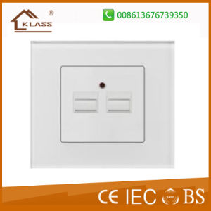 Hot Sales Euro USB Wall Socket European pictures & photos