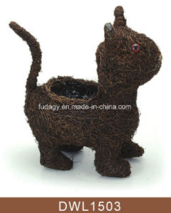 Salim Rattan Standing Cat Decorative Animal Planter pictures & photos