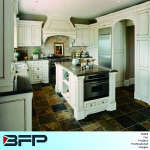 E0 Standard Raw Material Solid Wood Kitchen Cabinet pictures & photos