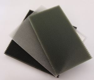 Polycarbonate Honeycomb Board pictures & photos