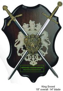 King Swords on Plaque Decorative Swords Mini Swords9575056 pictures & photos