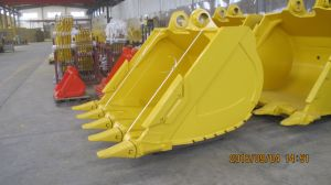 Komastu Excavator Standard Bucket with Teeth pictures & photos