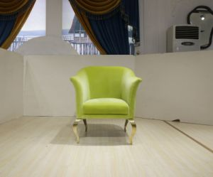 Vintage Appreance Leisure Chair with Golden Legs pictures & photos