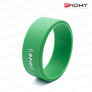 Atmel ATA5575m2 Silicon RFID Wristbands for Access Control pictures & photos