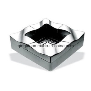 Customize New Design Abstract Decoration Matal Ashtray (QL-YHG-0005) pictures & photos