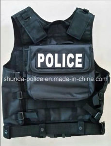 2017 Good Quality Muntifunctional Military Tactical Vest for Police pictures & photos