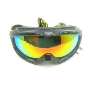 Fashion Unisex Design Skiing Goggles pictures & photos