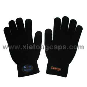 Hot Bluetooth Gloves, Fashion Winter Glove, for iPhone Glove pictures & photos